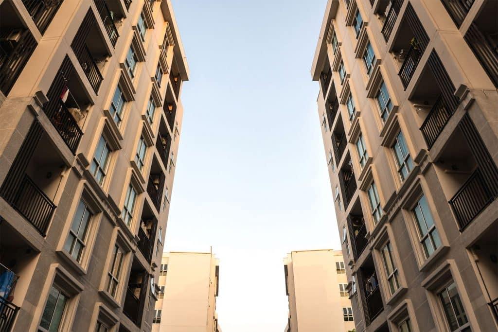 Pourquoi remplacer les scellants extérieurs de votre condominium?